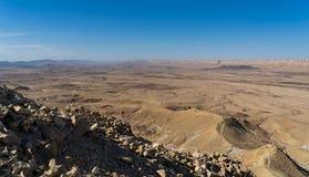 Hausse dans le désert du Néguev de l'Israël image stock
