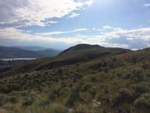 Hausse dans les belles montagnes scéniques de Kamloops photos libres de droits