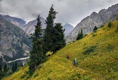 Hausse dans les montagnes Photos libres de droits