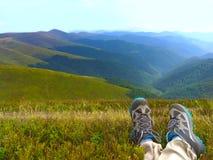 Hausse dans les montagnes concept de course Photographie stock libre de droits