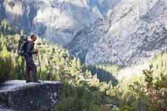 Hausse dans Yosemite photos libres de droits