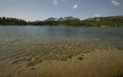 Hausse de soleil en parc national de Banff Photo stock