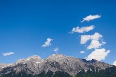 Hausse du chemin dans les alpes juliennes Images libres de droits