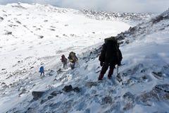Hausse en montagne de l'hiver. Photo libre de droits