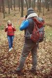 Hausse pendant l'automne Photographie stock