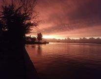 Hausse rouge du soleil Photo stock