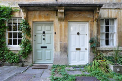 Haustüren der attraktiven London-Häuser Stockfotografie