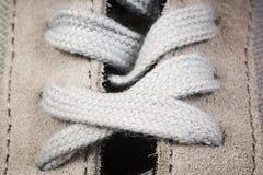 haut étroit de chaussures de sports du ` s d'hommes Photographie stock libre de droits