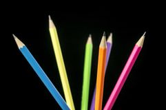 Haut étroit de crayons colorés Images libres de droits