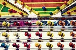 Haut étroit de lumières colorées de parc d'attractions - rétro Images stock