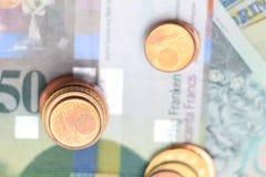 Haut étroit de pièces de monnaie d'argent Photo stock