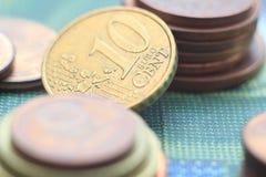 Haut étroit de pièces de monnaie d'argent Images libres de droits