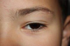 Haut étroit femelle d'oeil humain et de cheveux Photos libres de droits