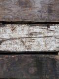 Haut étroit superficiel par les agents de caisses en bois Image stock