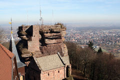 Haut巴尔城堡在阿尔萨斯 免版税图库摄影