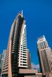 Haut gratte-ciel de luxe de construction Image stock