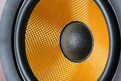 Haut-parleur audio jaune photos stock