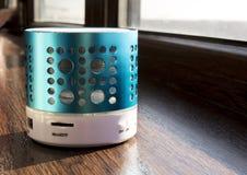Haut-parleur futé de téléphone d'usb de dent bleue Photo libre de droits