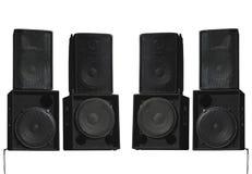 Haut-parleurs audio de vieux concert puissant d'étape d'isolement sur le blanc Photographie stock libre de droits