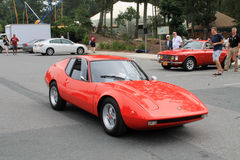 une petite voiture de sport italienne rouge classique. Black Bedroom Furniture Sets. Home Design Ideas