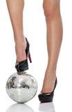 Haut talon avec la bille de disco Photo libre de droits