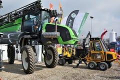 Haut tracteur de dégagement de Tecnoma photos libres de droits