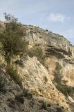 Haute Alpes, Luberon parkerar den utvändiga Lourmarin byn, Provence Arkivbilder