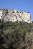 Haute Alpes, Luberon parkerar den utvändiga Lourmarin byn, Provence Royaltyfri Fotografi