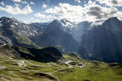 Haute route alpestre Photos stock