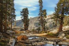 Haute sierra lac Photo stock