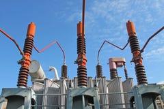 Haute tension de transformateur électrique Photo libre de droits