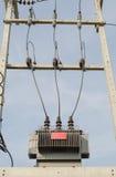 Haute tension de transformateur électrique Image stock