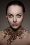 Hautecouture-Modell Girl Schönheits-Frauenhaute couture Vogue-Art P Lizenzfreie Stockfotos