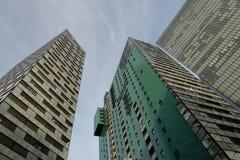 Hautes constructions modernes Photos stock