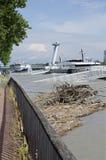 Hautes eaux sur Danube à Bratislava, Slovaquie Image libre de droits