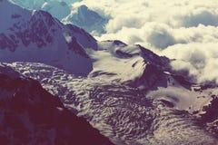 Hautes montagnes de Caucase photo libre de droits