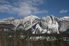 Hautes montagnes et nuages, Canada Image libre de droits