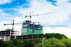 Hauts bâtiments en construction Photos stock