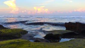 hav över solnedgång lager videofilmer