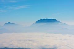 Hav av dimma på Chiangmai Royaltyfri Bild