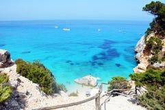 Hav av Sardinia, sommarsemester i Italien Royaltyfri Bild