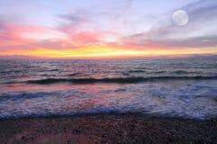 hav 3d framför solnedgång Arkivbilder
