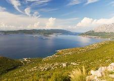 hav för öar för adriatic kustlinje kroatiskt Royaltyfria Foton