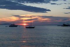 Hav för KroatienNovalja solnedgång Arkivfoton