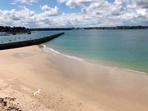 hav f?r strandvandringsledpir till arkivbild