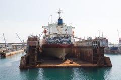 Hav-hantverk, skeppsdockor och portkranar Fotografering för Bildbyråer