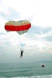hav hoppa fallskärm Arkivfoto