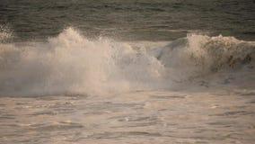 Hav med stora vågor arkivfilmer