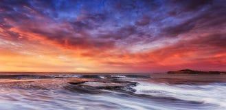 Hav Mona Vale Rocks Clouds Rise Arkivfoto