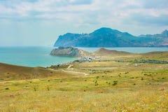 Hav och berg Fotografering för Bildbyråer